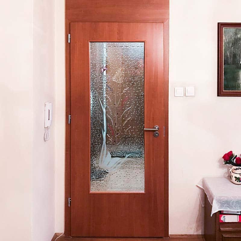 stílusos beltéri üveg ajtó