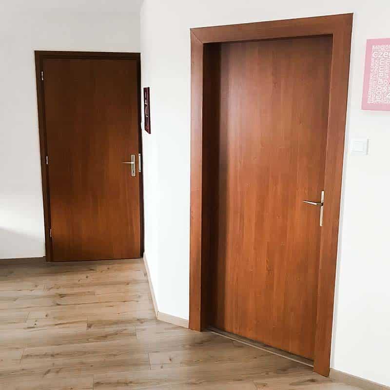 felújított ajtó
