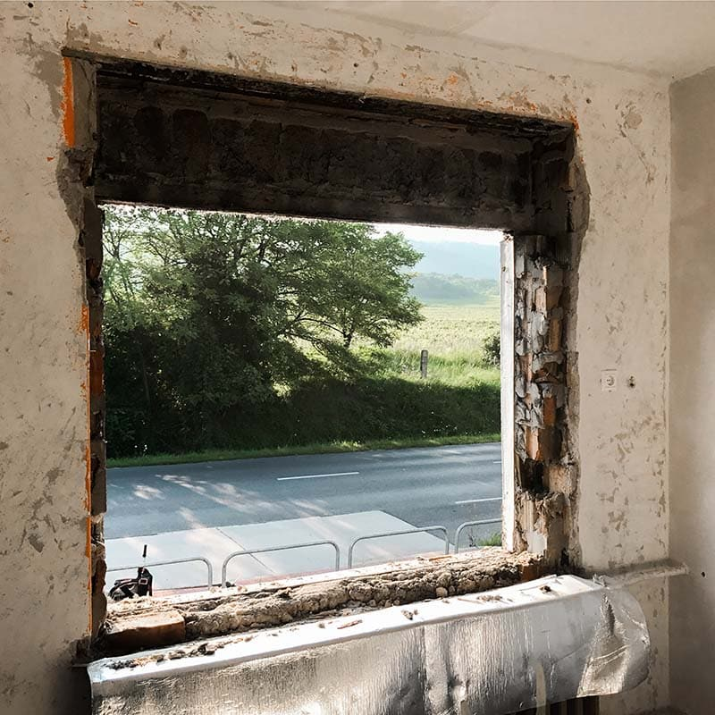 Bontással járó ablakcsere